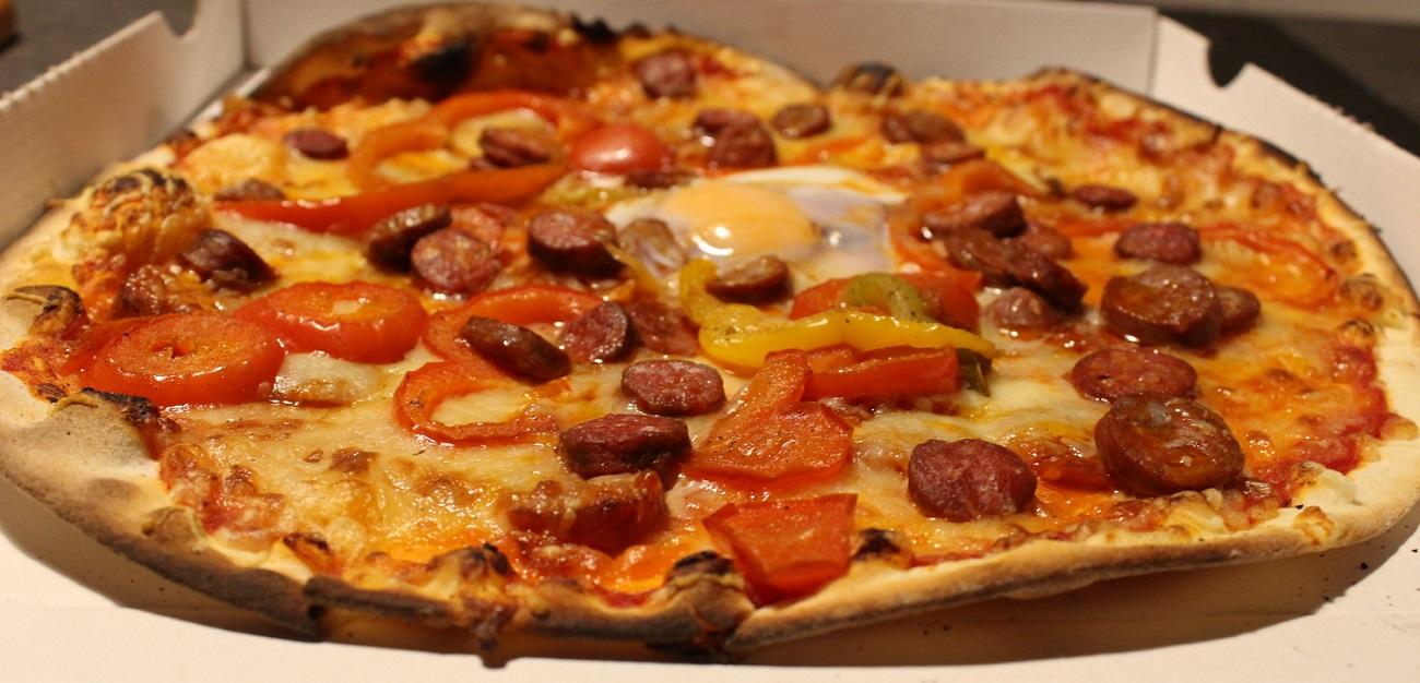 A Voujeaucourt, pizzas à emporter......  tél: 03 81 90 16 14 ou 06 01 71 95 15